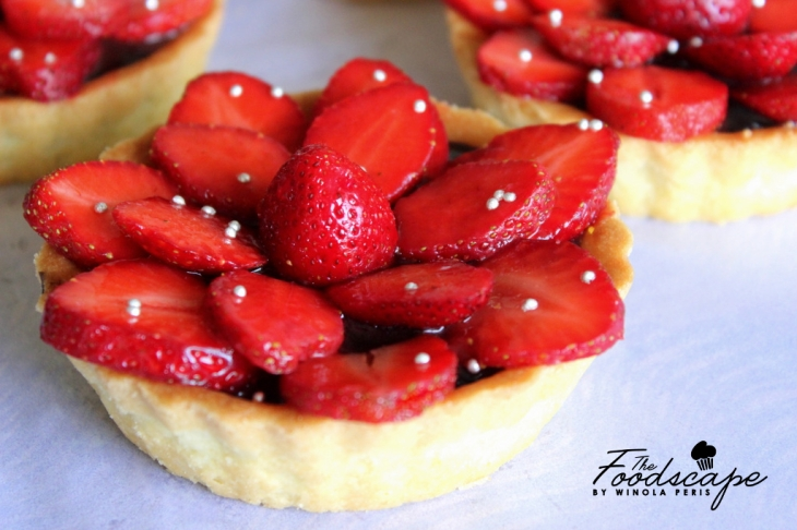 Choco-Strawberry Tart