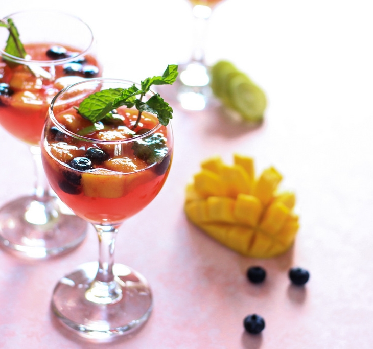 Boozy and sweet, this Mango Pink Moscato is fruity and fabulous! The best Sangria Recipe and a super easy homemade cocktail at that! Mango Sangria - just the tropical summer cocktail you need! Drinks Recipes. Cocktail Recipes. Mocktail Recipes. Pink Moscato. Wine Recipes. Wine Cocktails. Sangria Recipes.
