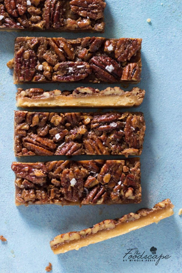 Maple Pecan Bars recipe. Brown Butter Maple Pecan Bars Recipe. Brown Butter Maple Caramel Recipe. Salted Maple Caramel Recipe. Pecan Pie Recipe. Caramel Pecan Pie Recipe. Maple Pecan Pie Recipe. Maple Pie Recipe. Pecan Desserts. Fall Desserts Recipe. Food Photography #food #recipe #foodphotography #Maple #caramel #pecan #dessert #dessertrecipes #fall #autumn