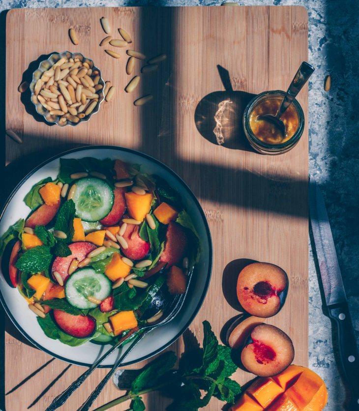 Plum & Mango Salad, Summer Salad, Salad Recipe, Mango Salad, Plum Salad, Stonefruit Salad, Dijon Mustard, Honey Salad Dressing, Summer Salad Recipe, GLuten Free, Vegan, Healthy Salad, Healthy Dinner Recipe, #food #vegan #glutenfree #healthyfood #healthydinner