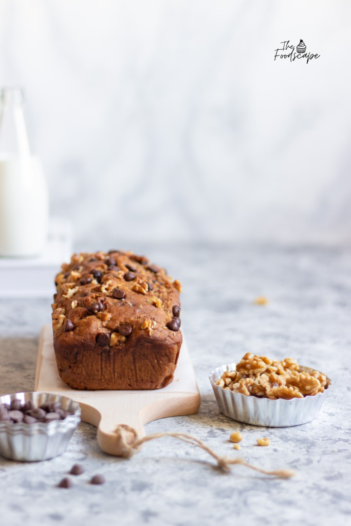 Eggless Chocolate Chip Banana Bread. Eggless Banana Bread Recipe, Eggless Cake, Eggless Baking, Healthy Banana Bread Recipe. Chocolate Banana Bread. Banana Bread. Banana Bread Breakfast Recipe. #food #recipe #bananabread #breakfast #foodphotography